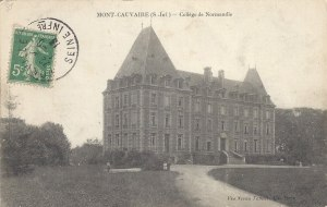1338552094-Mont-Cauvaire-College-CHAT