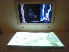 Un intéressant dispositif pour comprendre le rôle de l'archéologie dans la compréhension du Moyen - Age