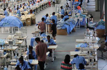Les ouvriers au travail