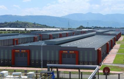 L'usine PVH d'Hawassa ( le propriétaire de Calvin Klein, Van Heusen, Izod, Arrow, Speedo, Tommy Hilfiger et d'autres marques)