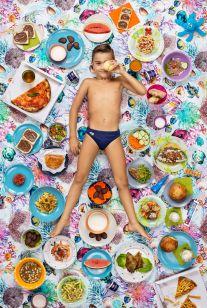 gregg-segal-photographie-les-enfants-du-monde-et-leurs-habitudes-alimentaires12