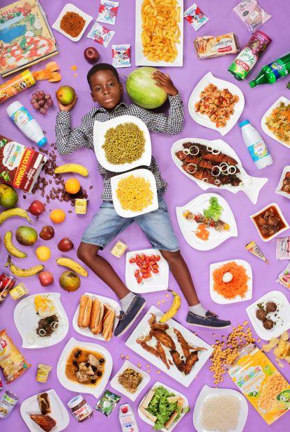 gregg-segal-photographie-les-enfants-du-monde-et-leurs-habitudes-alimentaires15